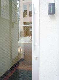rentaloffice_entrance0985.jpg